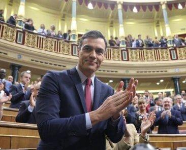 Pedro-Sanchez-investido-presidente_EDIIMA20200107_0223_21